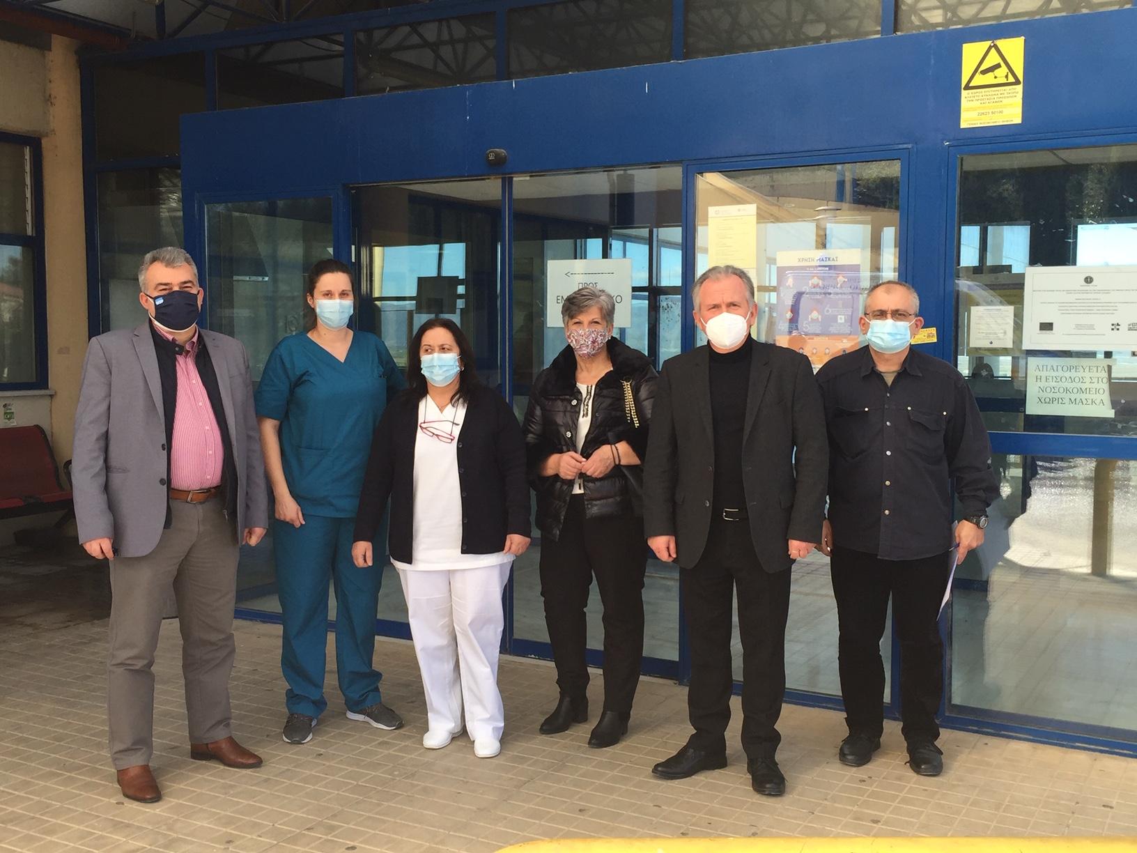 Κλιμάκιο του ΚΙΝΑΛ επισκέφθηκε τα νοσοκομεία της Βοιωτίας